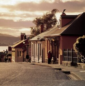 moving to Tasmania - Battery Point